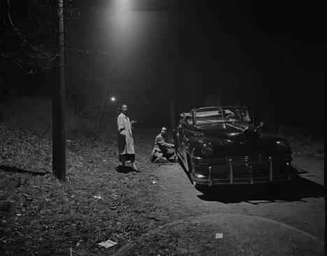 Stanley Kubrickin kuvissa oli usein noir-elokuvien tunnelmaa. Hän kuvasi tanssityttö Rosemary Williamsin elämää vuonna 1949. Henkilökuvan aikaan Williams esiintyi tanssijana Broadwaylla ja valmistautui rooliinsa tulevassa musiikkirevyyssä.