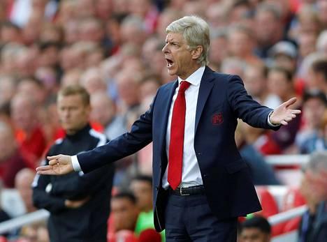 Arsène Wengerin Arsenalilla riittää pilkkaajia.