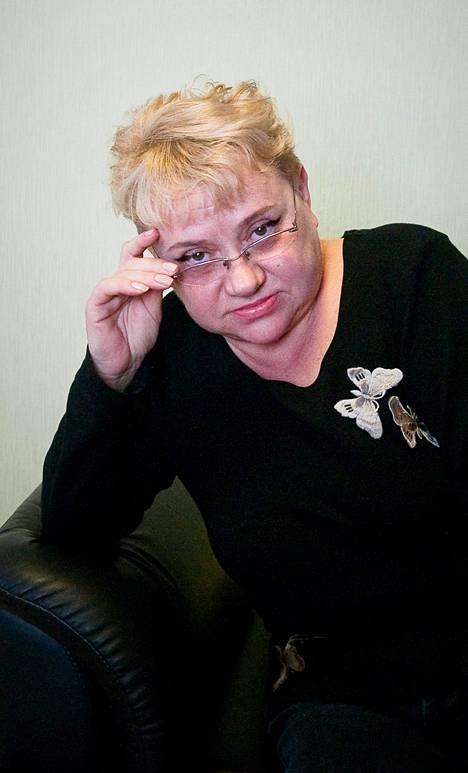 Päätoimittaja Maria Solovjenko toimistollaan. Hänestä tuli valtakunnallisesti tunnettu sananvaihdostaan presidentti Putinin kanssa viime joulukuun tiedotustilaisuudessa.