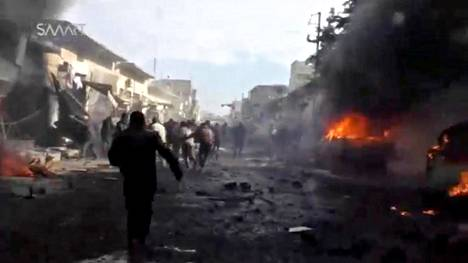Kuvakaappaus videolta säiliöauton räjähdyspaikalta.