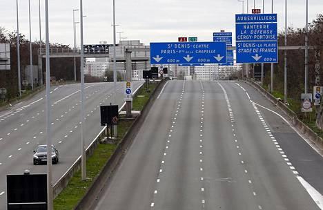 A1-tiellä on tapahtunut autoryöstöjä aiemminkin.