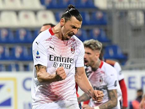Zlatan Ibrahimovic tuuletti ottelun avausmaalia.