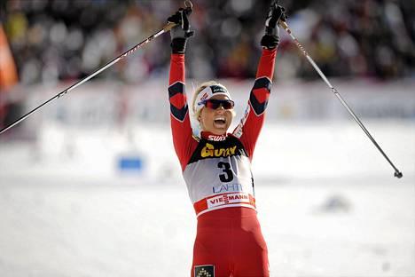 Norjan Therese Johaug oli viime talven menestyjiä hiihdossa.
