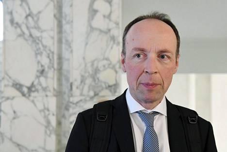 Jussi Halla-ahi eduskunnassa.