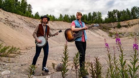 Ahkerasti keikkaileva Kalevauva.fi suuntaa syksyllä taas kiertueelle.