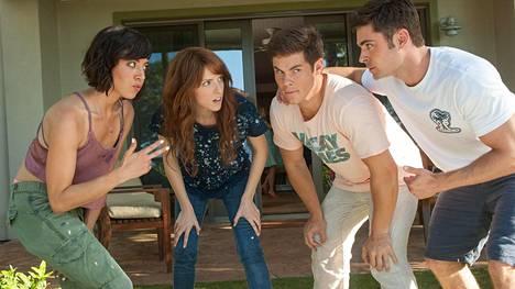 Aubrey Plaza ja Anna Kendrick ovat Adam Devinen ja Zack Efronin häädeitit.