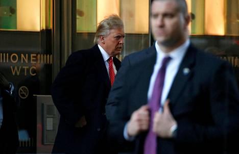 Donald Trump poistumasta tapaamisesta New Yorkissa viime viikon perjantaina.