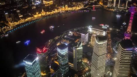 Shanghai Towerista, maailman korkeimmalta näköalatasanteelta kaikki näyttää pieneltä. Talo on 632 metriä korkea, ja sen näköalatasanne on maailman korkein.