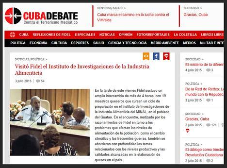 Kuuban entinen presidentti Fidel Castro (vas.) osallistui perjantaina paneelikeskusteluun. Kuva on ruutukaappaus Cubadebate-sivustolta, joka uutisoi Castron julkisen esiintymisen.