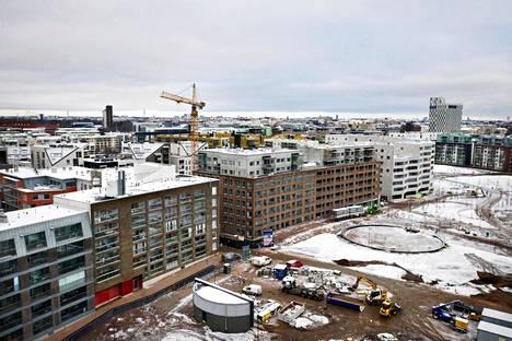 Helsingissä Jätkäsaari on ollut kiivasta uusien asuinkerrostalojen rakennustyömaata.