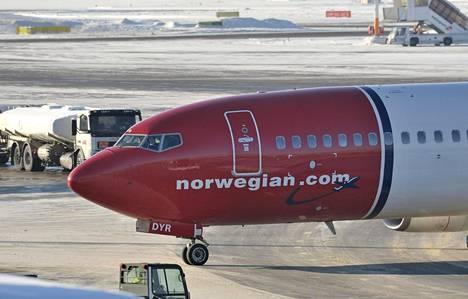 Norwegianin osakekurssi laski torstaina yli 20 prosenttia ostajaehdokas IAG:n vetäydyttyä.