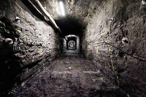 Olkiluodon onkalo tulee ulottumaan noin 400 metrin syvyyteen.