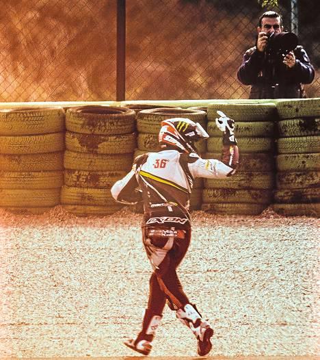 Mika Kallion kausi päättyi Espanjan Valenciassa rajuun kolariin ja ankaraan pettymykseen.
