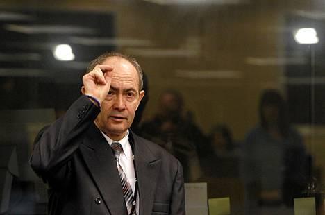Zdravko Tolimir on kiistänyt syyllisyytensä sotarikoksiin.
