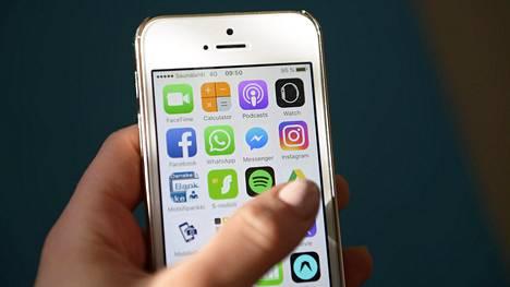 Ostoksia tehdään koko ajan enemmän mobiililaitteilla.