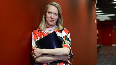 Valtioneuvoston ihmiskaupan vastaisen työn koordinaattori Venla Roth toivoo, että hallitus myöntää rahoituksen poliisin ihmiskaupparyhmälle.