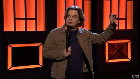 Standup-koomikko Ismo Leikola esiintyi Conan O'Brienin talk show'ssa Conan maanantaina 22. tammikuuta.