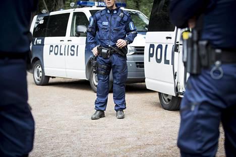 Poliisi on saanut toistuvasti moitteita ratsiakäytännöistään muun muassa laillisuusvalvojalta.