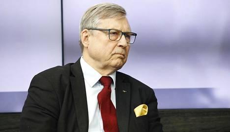 Pertti Salolainen (kok) on kokenut suomalainen poliitikko ja diplomaatti. Hän jäi eduskunnasta pois keväällä 2019.