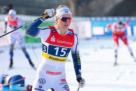 Ruotsalainen Linn Svahn kisatilanteessa. Kuva Dresdenin sprinttikisasta tammikuulta.