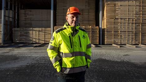 Westas Groupin toimitusjohtaja Pekka Kopra omistaa myös 49 prosenttia sahateollisuusjätti Versowoodista.
