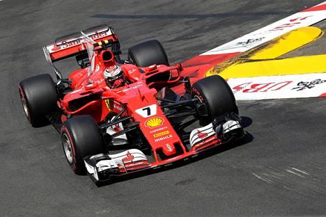 Kimi Räikkönen joutui tyytymään kakkossijaan Monacossa.