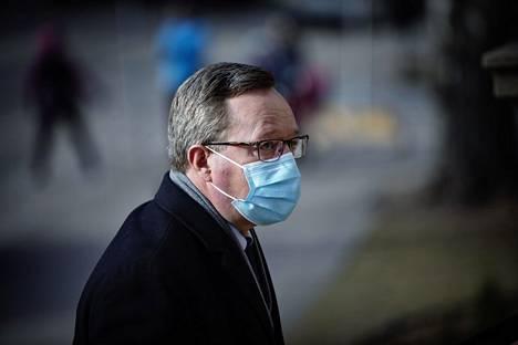 Työ- ja elinkeinoministeri Mika Lintilä (kesk) osallistui keskiviikkona hallituksen neuvotteluun, jossa käsiteltiin hallituksen exit-suunnitelmaa.