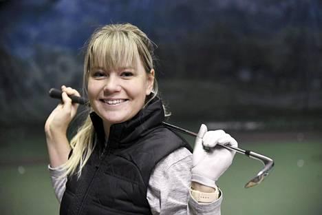 Matilda Castren Malmin golfhallissa Helsingissä joulukuussa 2019