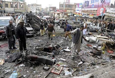 Pommi-isku aiheutti suuria tuhoja torialueella Quettassa.
