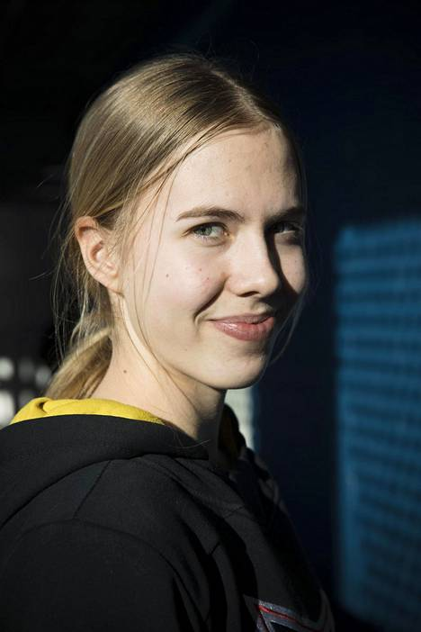 Elisa Holopainen won the Riikka Nieminen Award for the best player in the Women's League this season.  He was also awarded the same prize after the 2018–19 season.