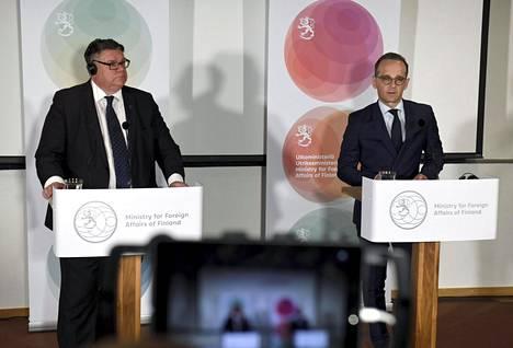 Ulkoministeri Timo Soini (sin) ja Saksan ulkoministeri Heiko Maas keskustelivat tapaamisessaan muun muassa Yhdysvaltojen ja EU:n suhteista.