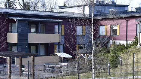 Kymmenen hoivakodin asukasta on kuollut koronavirustartunnan seurauksena Espoon Laaksolahdessa.