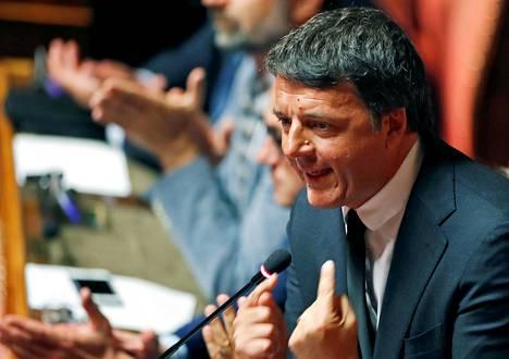 Senaattori Matteo Renzi puhui Italian parlamentissa Roomassa elokuussa.