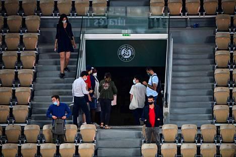 Yleisö poistui vastahakoisesti kesken Novak Djokovivin ja Matteo Berrettinin välisen ottelun.