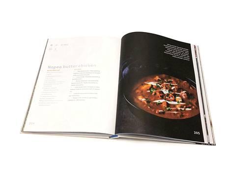 Perheen ruokavuosi -kirjan ohjeella intialaisesta voikanasta tulee herkullista.