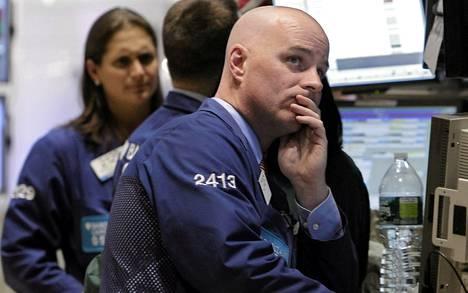 John O'Hara työskenteli New Yorkin pörssissä maanantaina.