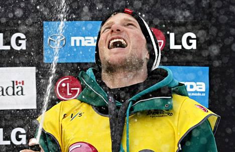Janne Korvella on syytä juhlaan.