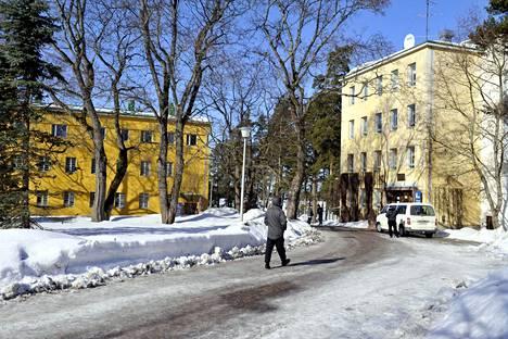 Tuomioistuimen vapauttamia totaalikieltäytyjiä aletaan määrätä uudelleen siviilipalvelukseen. Kuvassa siviilipalveluskeskuksen koulutuskeskus Lapinjärvellä.