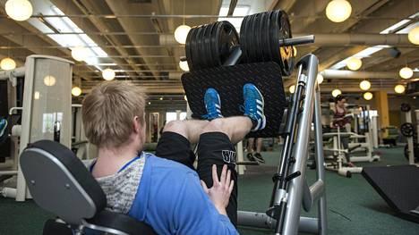 Voima- ja lihasmassa palautuvat nopeasti jopa vuoden treenitauon jälkeen.