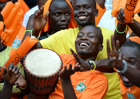 Norsunluurannikon kannattajat juhlivat Afrikan mestaruutta.
