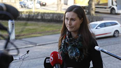 Pääministeri Sanna Marin saapui Säätytalolle keskiviikkoaamuna.