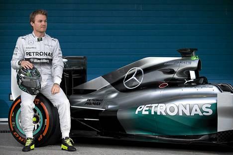 Nico Rosbergilla ja Mercedeksellä sujuu hyvin.