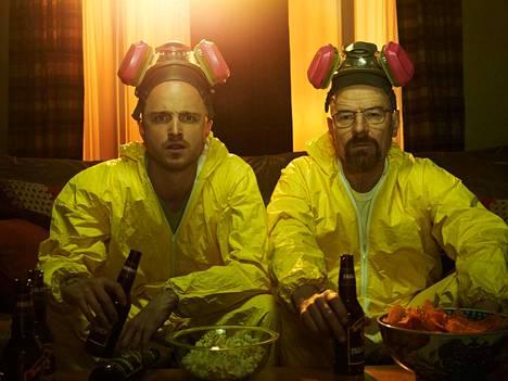 Breaking Bad -televisiosarja kertoi Jesse Pinkman (Aaron Paul, vasemmalla) and Walter White (Bryan Cranston
