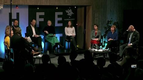 Helsingin yliopiston järjestämässä tentissä käsiteltiin koulutuksen tulevaisuutta.