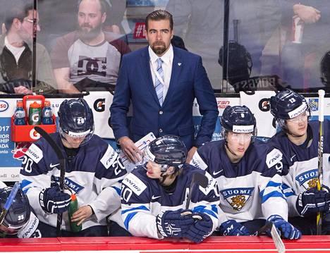 KooKoo ei hiisku ensi kauden valmentajastaan. HS:n  tietojen mukaan tehtävään on valittu Jussi Ahokas.