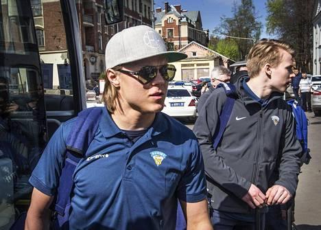 Mikael Granlund aloittaa MM-kisat samassa ketjussa Sebastian Ahon ja Mikko Koivun kanssa.
