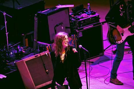 Patti Smith esiintyi Helsingin Musiikkitalolla sunnuntaina.