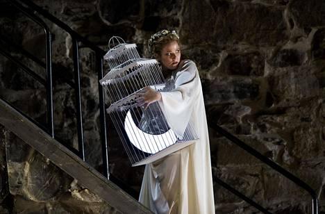 Jessica Pratt loisti Puritaanien naispääosassa kaikkien tunteiden keskuksena.