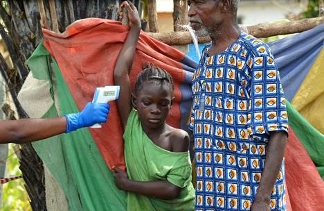 Liberian pääkaupungin Monrovian lähiön asukkaita määrättiin viime viikolla karanteeniin sen jälkeen, kun yksi heidän sukulaisista kuoli ebolaan.
