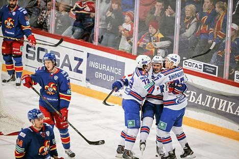Pietarin SKA juhli Jevgeni Dadonovin maalia toisessa erässä.